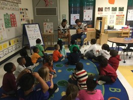Football players read to kids at PGE