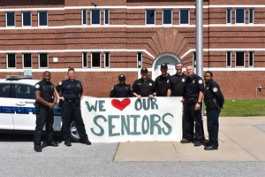 School Resource Officers Support the Class of 2020